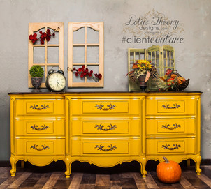 Gorgeous yellow Thomasviller chest of drawers/dresser with dark glaze and a dark walnut stained top