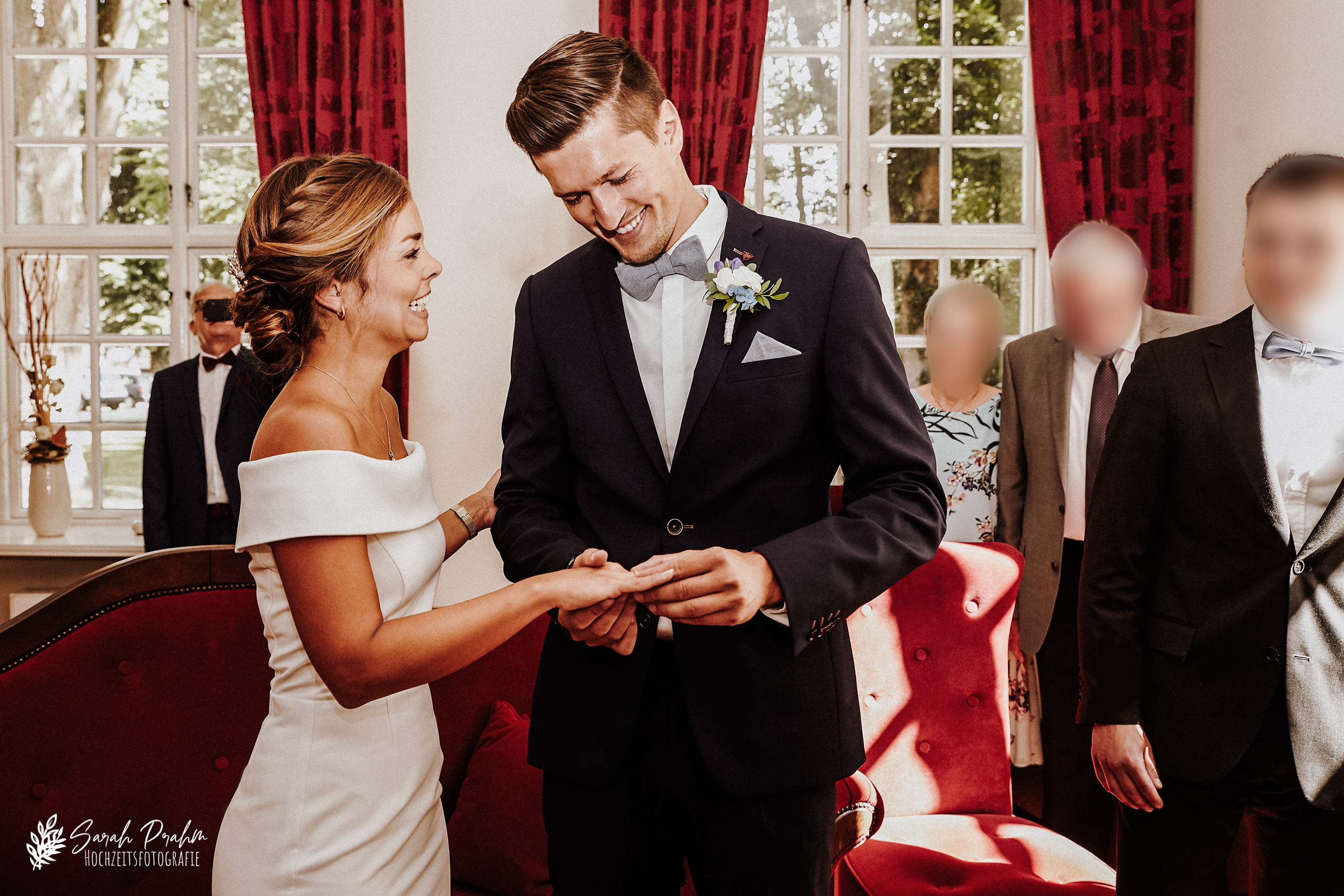 Standesamtliche Trauung im Herrenhaus in Stockelsdorf - Sarah Prahm Hochzeitsfotografie