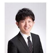 鈴木弁護士の顔写真.jpg