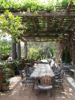 Amazing-Rustic-Farmhouse-Porch-Decoratio