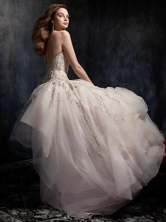 Style Wedding Dress Kenneth Winston
