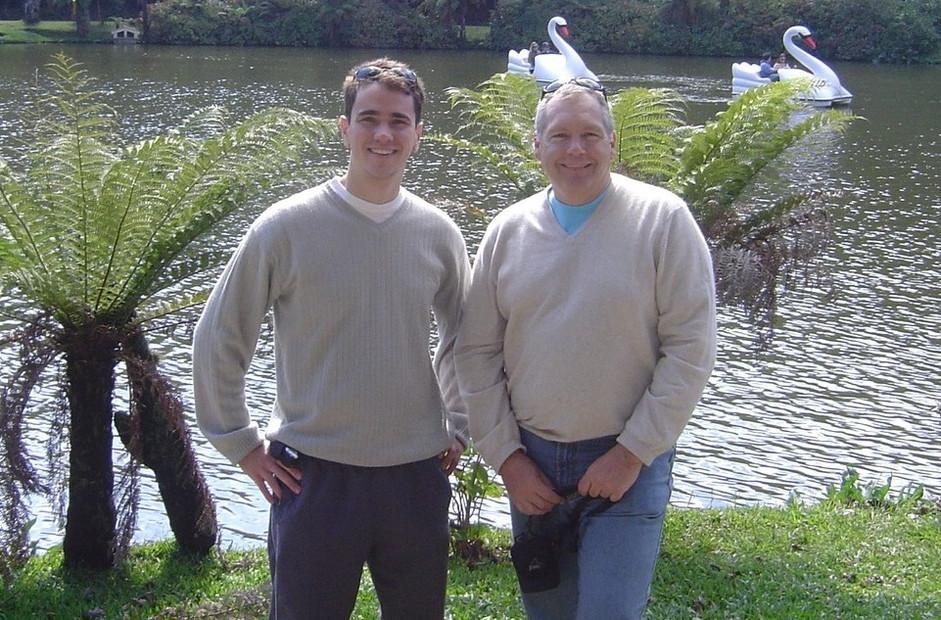 Giovanni e Dobson Lago Negro (retrato).jpg