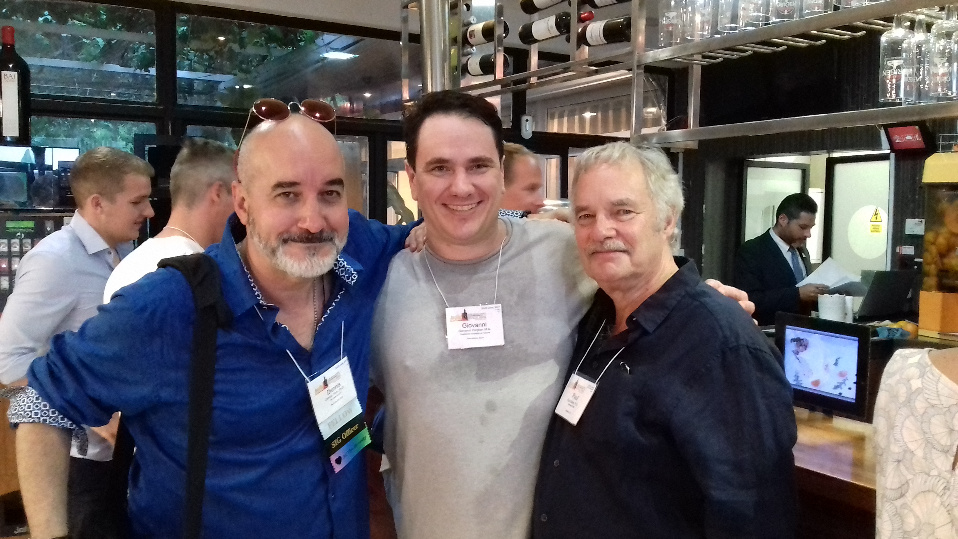 Com Paul Gilbert e Dennis Tirch (Sevilha, tapas and wines  ACBSWC 2017)