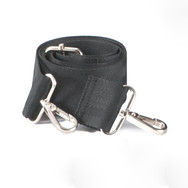 1x removable shoulder strap