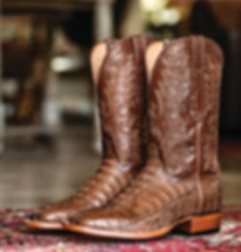 Lucchese_LCL8126W8_8-18_01Edit2.jpg