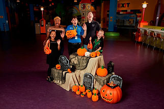 brick-or-treat_1549.jpg