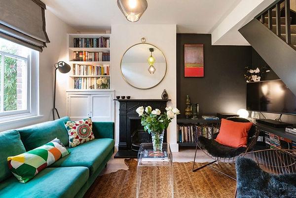 london-airbnb-living-room-e1539104712815
