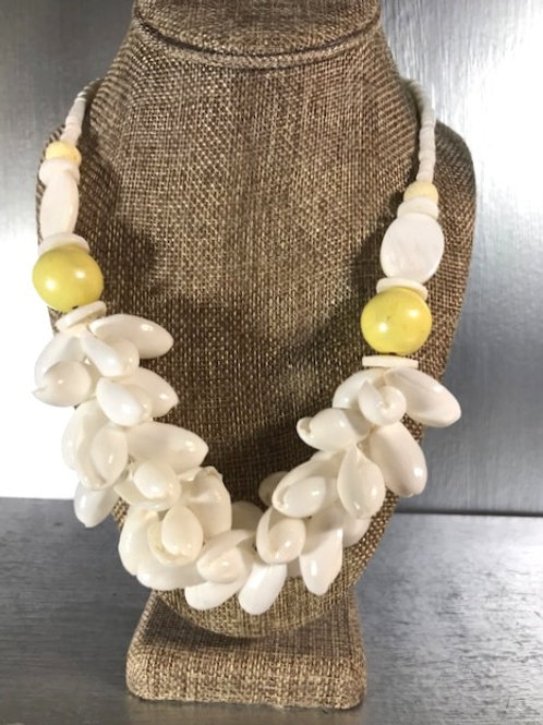 Shells, Mother of Pearl and Wooden Beads Necklace