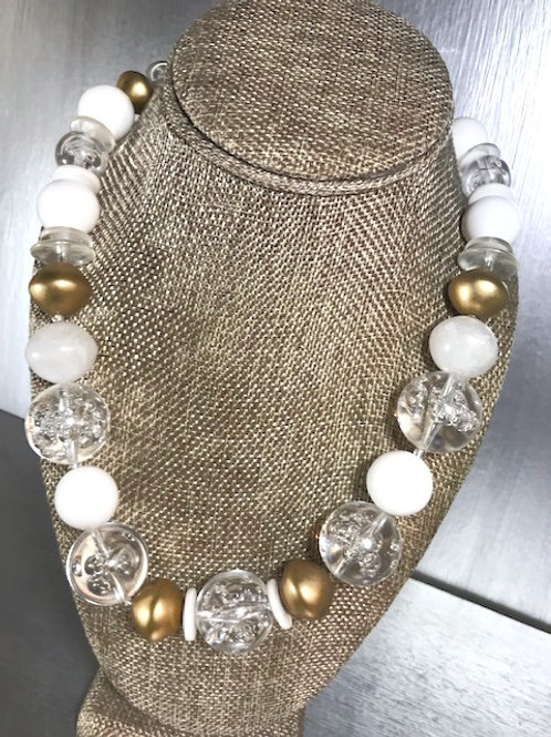 Vintage 1960s Lucite and Bead Necklace