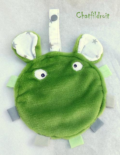 Doudou rond étiquette vert et blanc par Chatfildroit