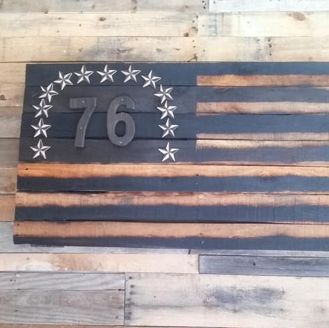'76' Hand Carved Star Pallet Flag