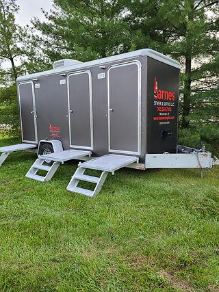 Toilet trailer C.jpeg