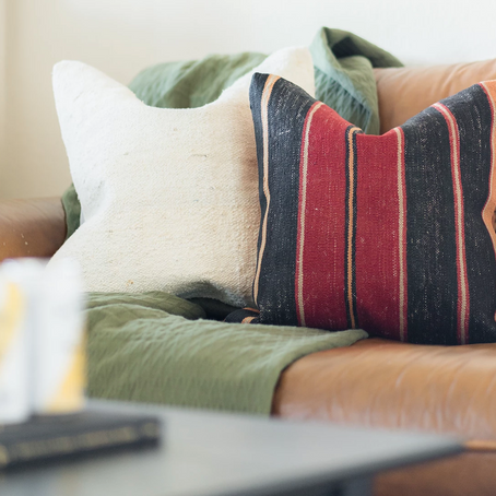 A Quick Guide to the Perfect Throw Pillows