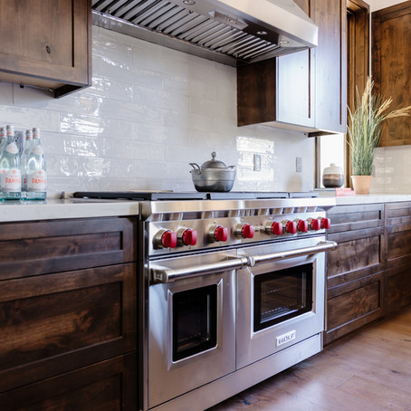What Should You Consider When Selecting a Wood Finish?
