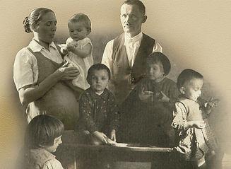 ulma-famiglia-foto-1-large.jpg