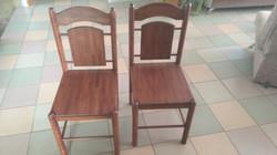 Дубовые стулья