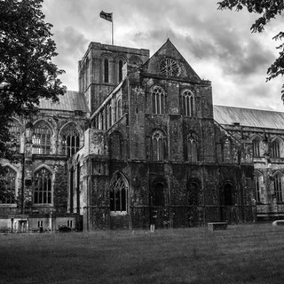 Winchester Cathedral 4 B&W.jpg