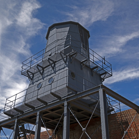 c Metal observation post, Hurst Castle.jpg