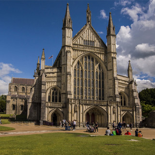 Winchester Cathedral.jpg