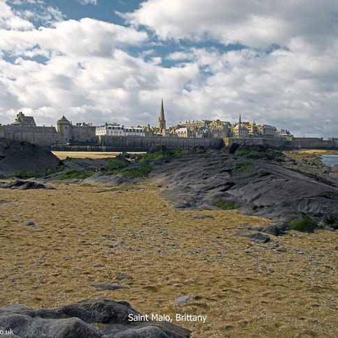 Saint Malo from the beach