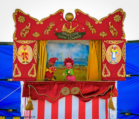 Punch and Judy on the Prom