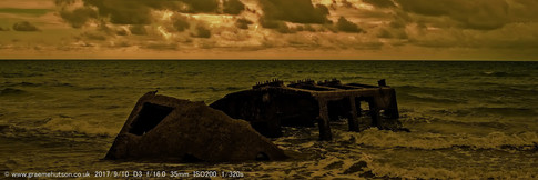 c Mulberry Harbour section at Aldwick.jp