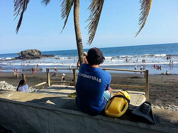 Playa Segura El Tunco editada.jpg