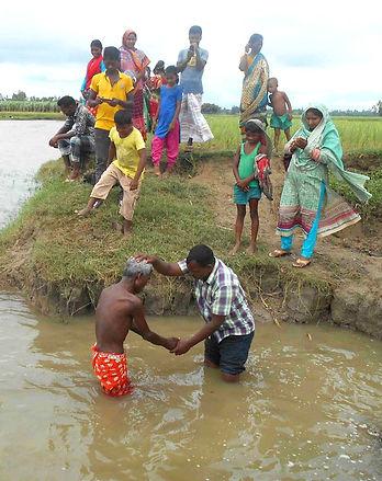 IMB-BGD 082518 baptism of Santal_edited.