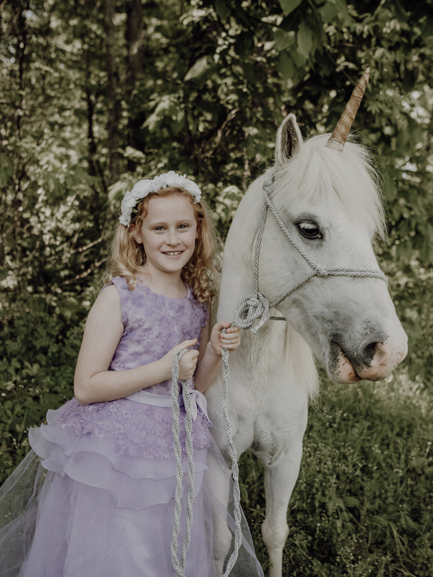 Azley - A Unicorn Mini Session | North MS Lifestyle Photographer