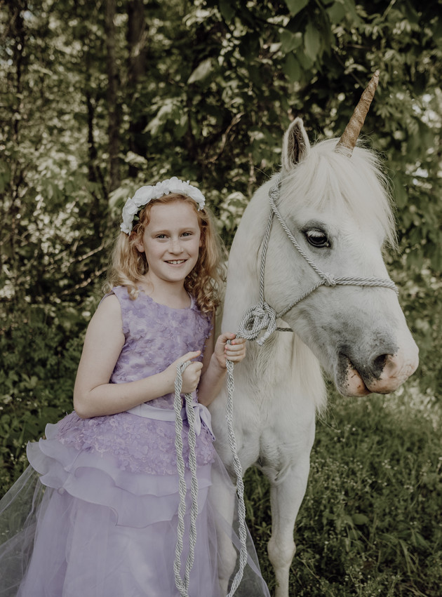 Azley - A Unicorn Mini Session | North MS Lifestyle Photographer