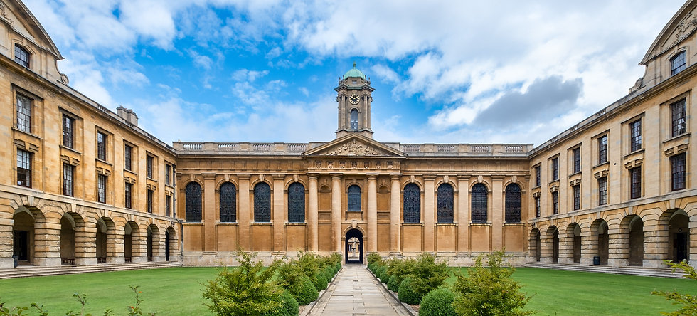 OXFORD-UK--AUGUST------T-321988858_edite