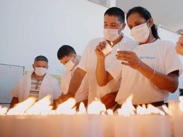 Luz de esperanza: Oficios que transforman