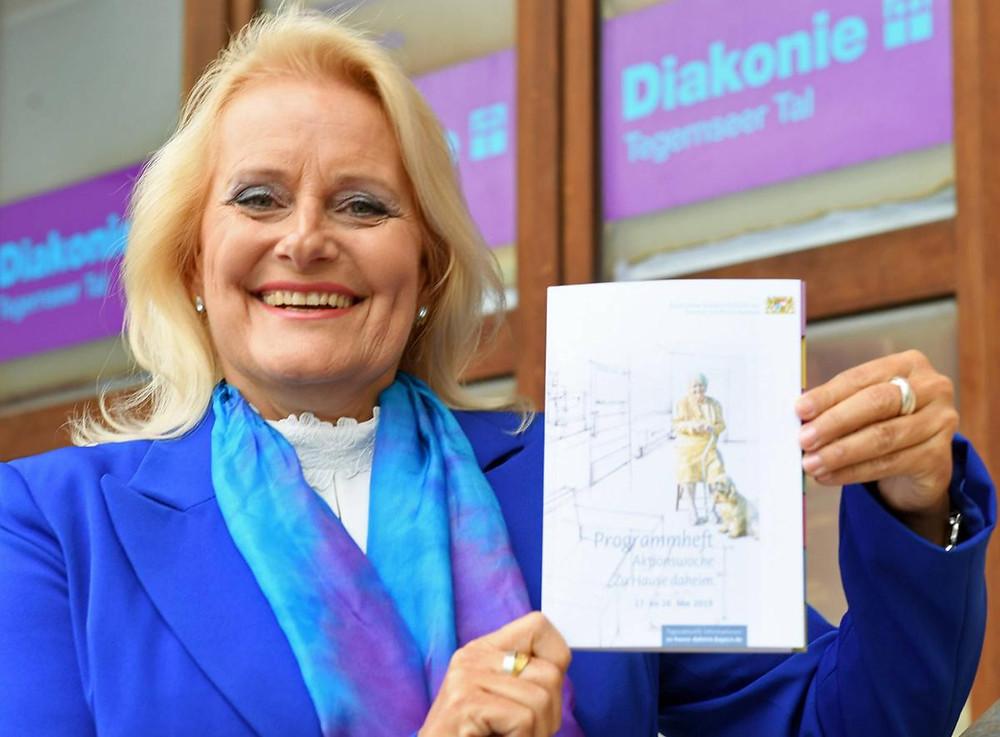 """Monika Klöcker während der Aktionswoche """"Zu Hause daheim"""""""