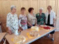 Helfer Seniorengruppe.jpg