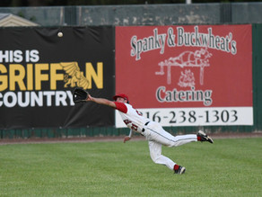 St. Joseph Mustangs fall to Jefferson City Renegades in Extras