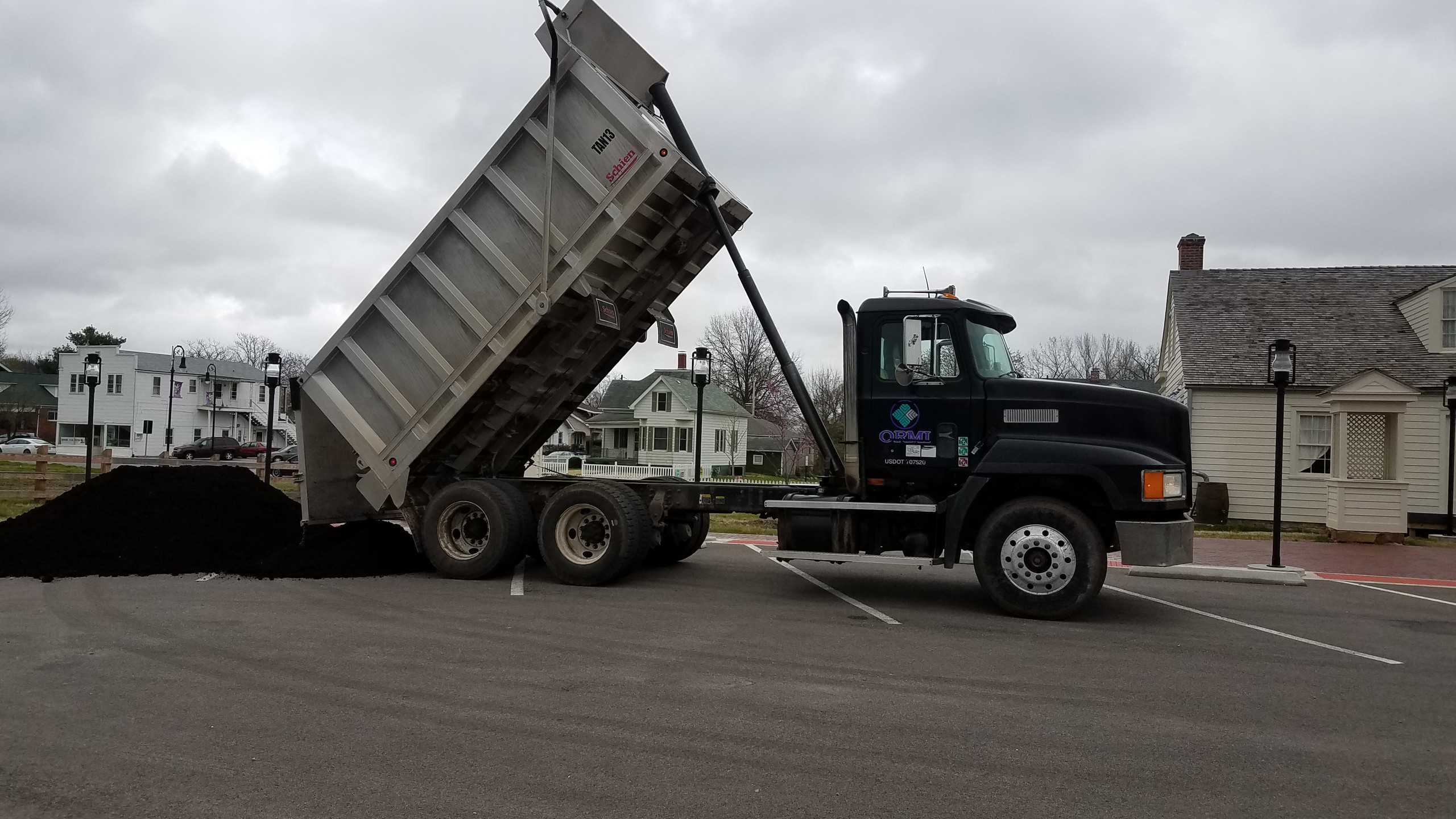 Black Gold Compost Arrives!