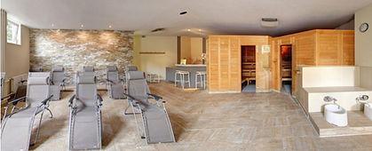 Die Sauna bei Fitness First Class in Mainz Weisenau. Dein Fitnessstudio mit professioneller Betreuung.
