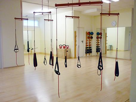 Slingfit Training bei Fitness First Class. Dein Fitnessstudio in Mainz Weisenau