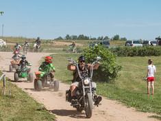 AUTO MOTO PARKAS festivalis.jpg