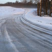 auto moto parkas ziema.jpg