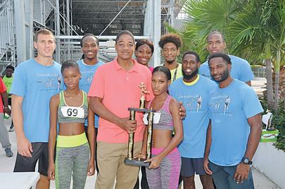 Shaunae Miller-Uibo Bay Street Mile a Success..