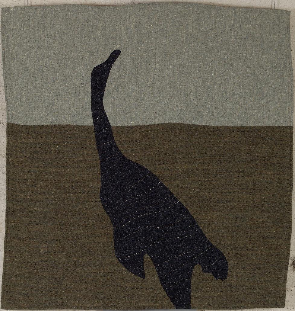 L'oie goudronnée tombe, 2002. 82 cm x 79 cm. Laine, coton, lin, fil de coton.