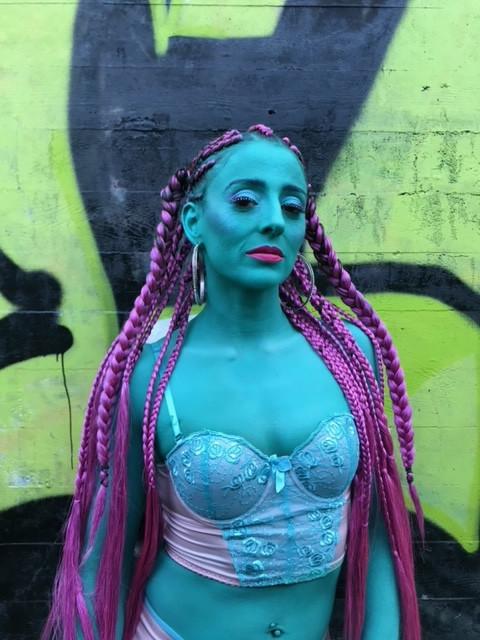 alien body paint