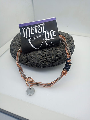 24cm - Medium Bracelet with copper twist (slide on)