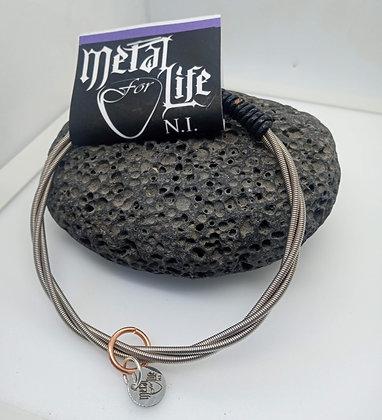 26cm - Large Bracelet with bass twist & leather (slide on)