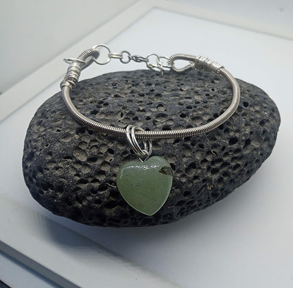 20cm - Small Bracelet with green agate heart charm (Opening)