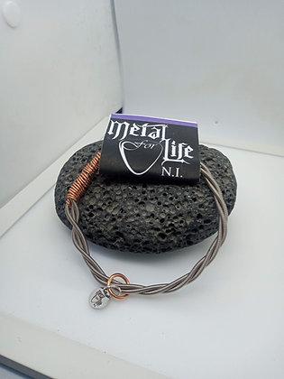 24cm - Medium Bracelet with bass twist (slide on)