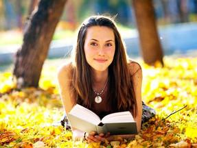 Вышла замечательная книга стихов томской поэтессы Оксёновой Г. С.