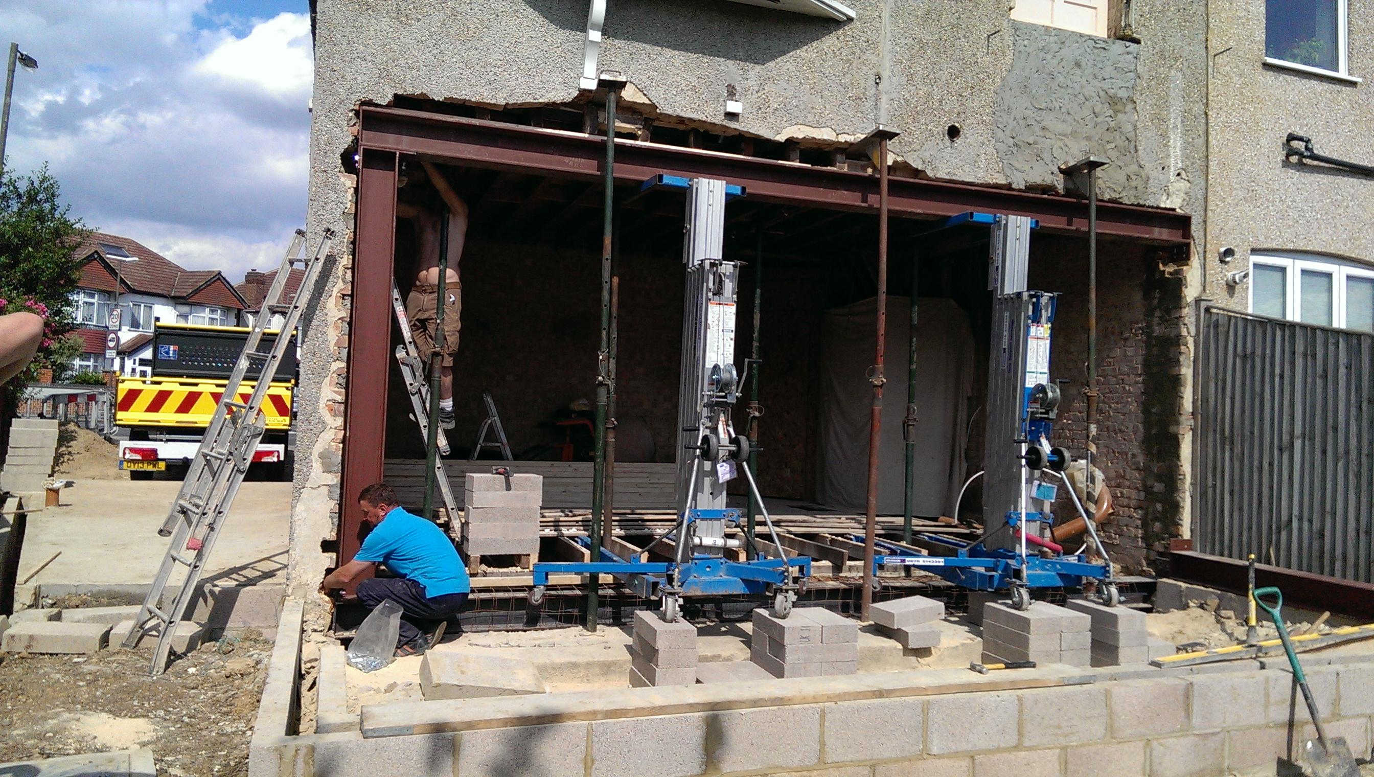 Steel frame installation, Raynes Pk.