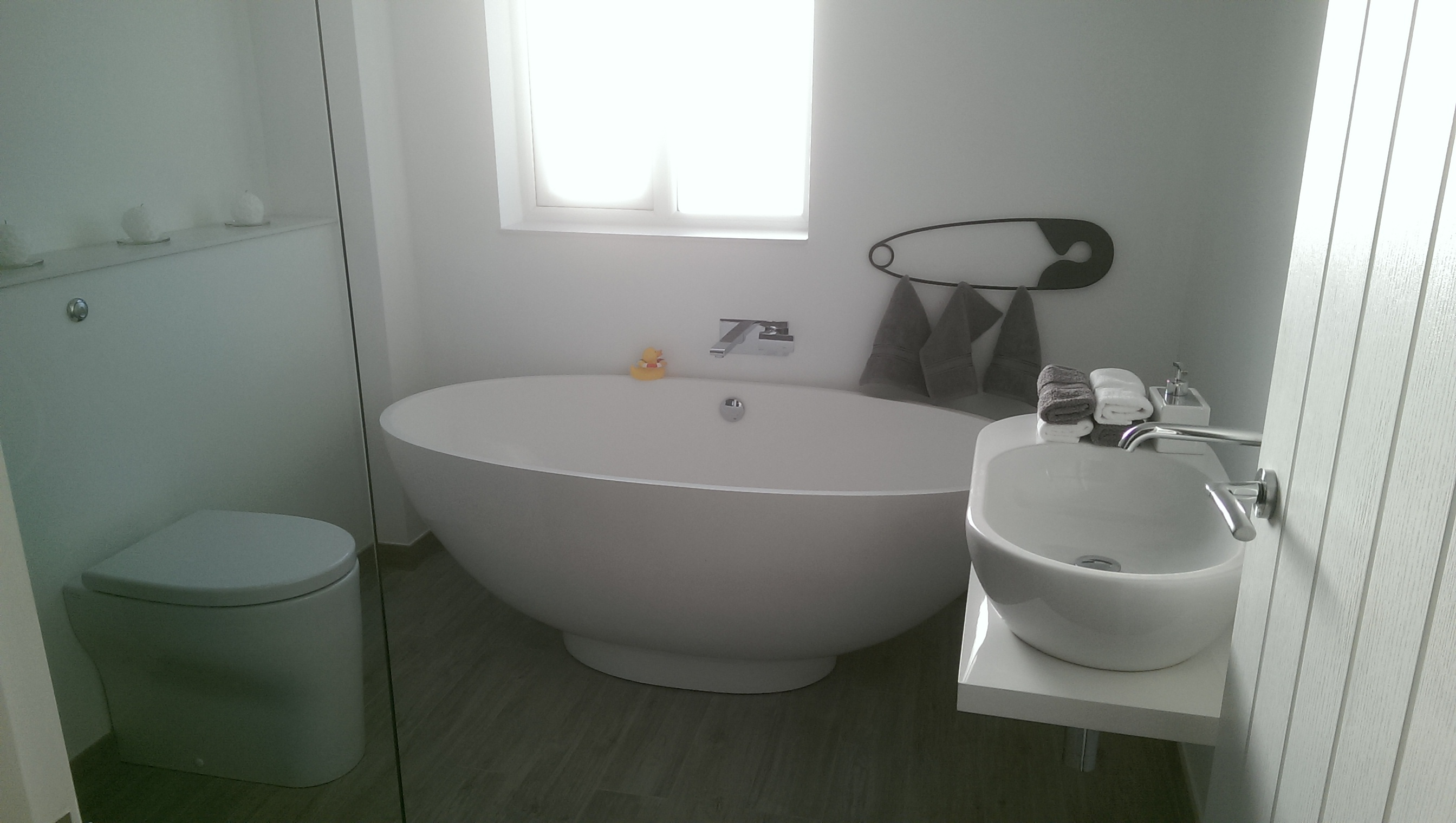 New bathroom in Raynes Park.